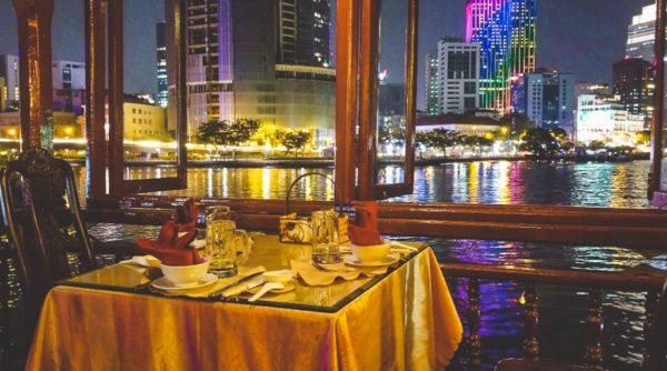 diner cruise Ho Chi Minh City over the Saigon river