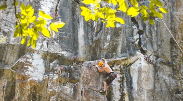 Marble Mountains rock climbing