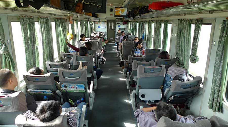 soft seat train in Vietnam