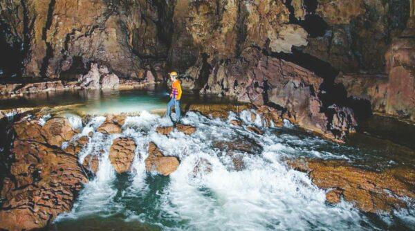 Tu Lan cave tour