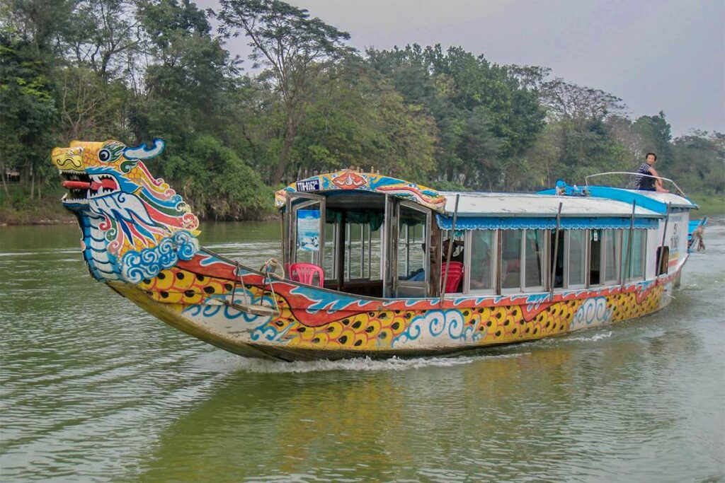 Dragon boat trip on the Perfume River