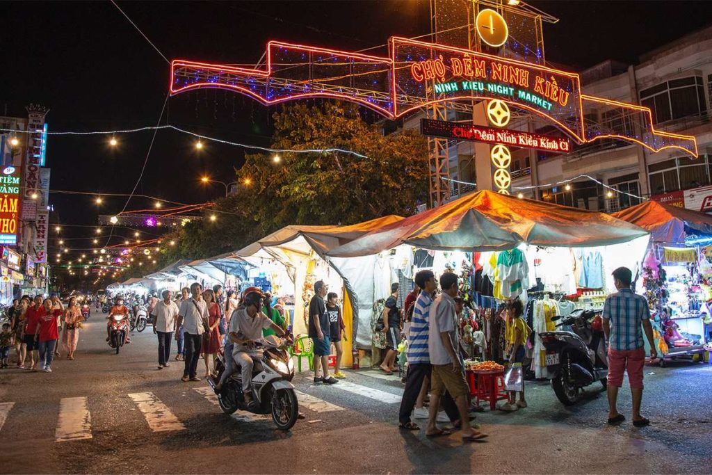 Can Tho night market